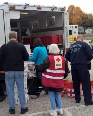 Red Cross Volunteers and Barberton Firefighters Prepare Free Smoke Alarm Installations