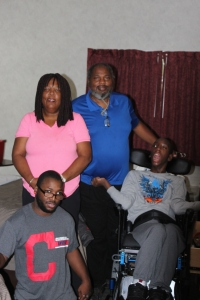 norton-family-in-their-hotel-room-edna-jerome-sr-raymil-and-malik-1