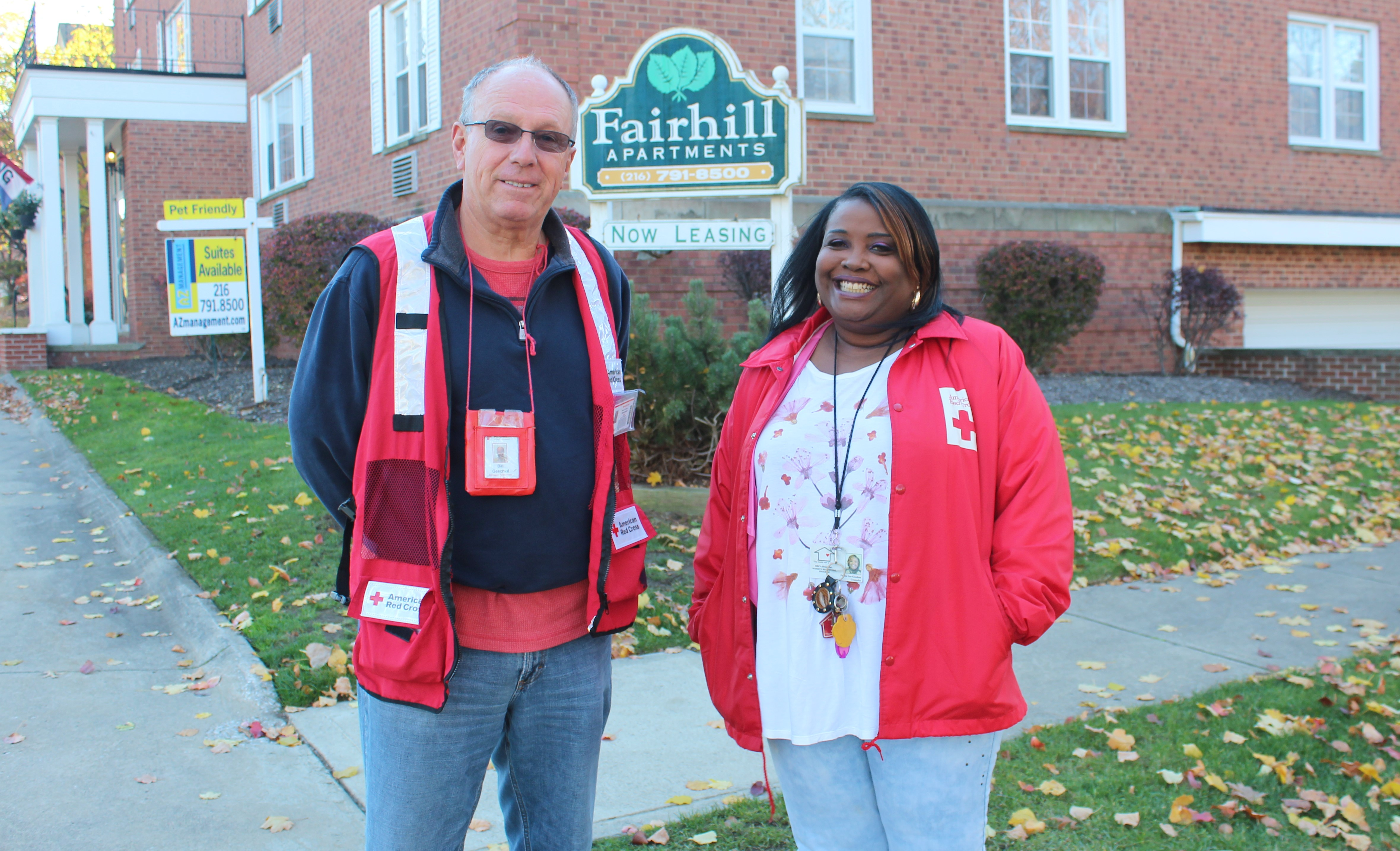 red-cross-volunteers-bill-geschke-and-felicia-lee