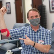 May 29, 2020. Rockville, Maryland. Donor Robert Atkinson. Photo by Dennis Drenner/American Red Cross